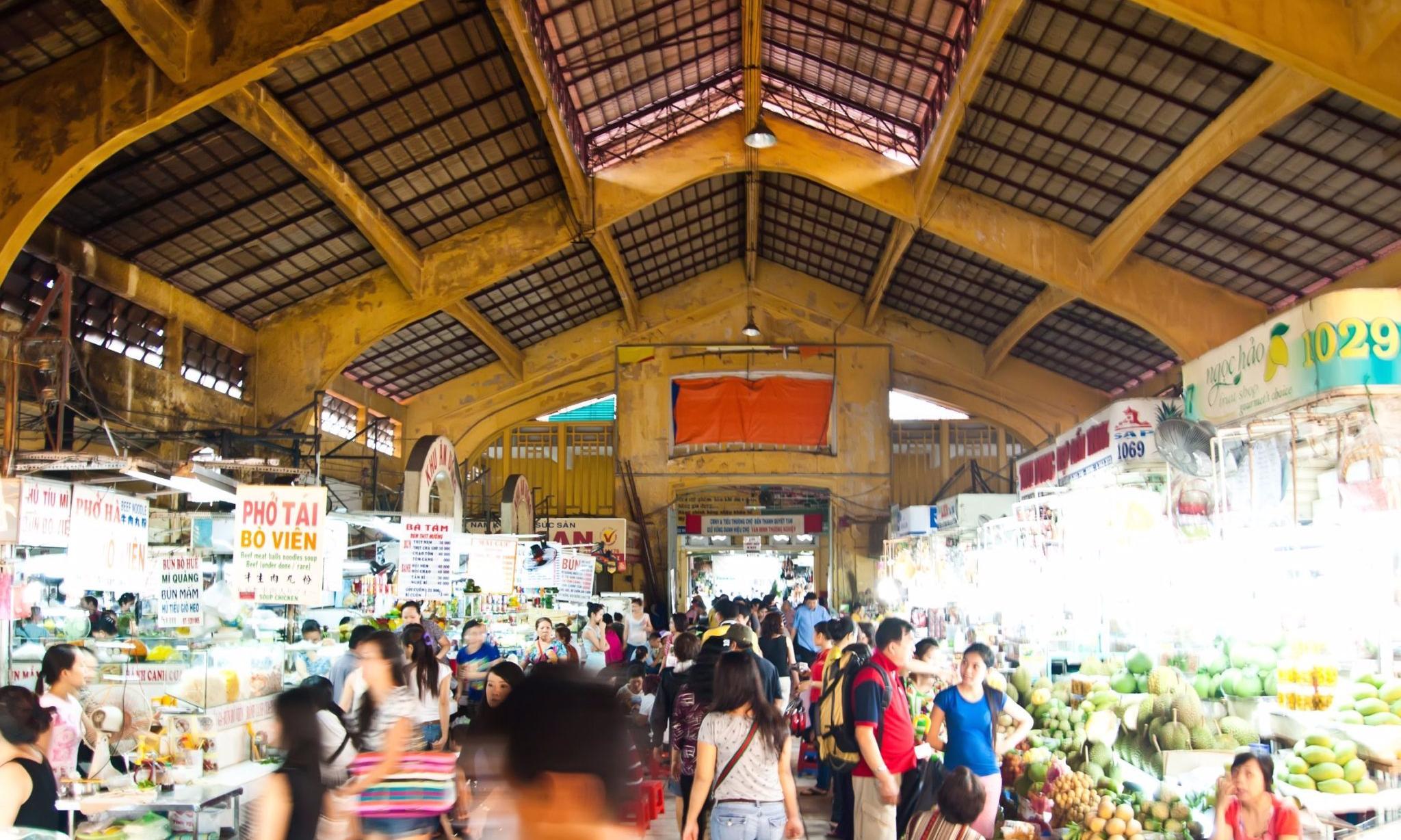 ben-thanh-market-in-ho-chi-minh-city-vietnam.jpg