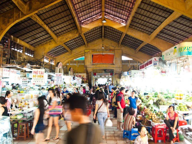 Ben-Thanh-market-in-Ho-Chi-Minh-City-Vietnam