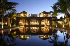 2241284-Outrigger-Mauritius-Beach-Resort-Hotel-Exterior-1-DEF