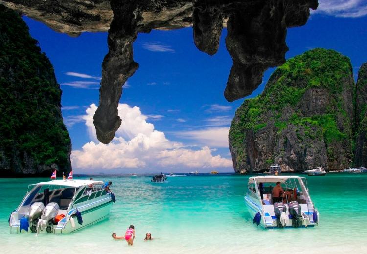 phi-phi-island2.jpg